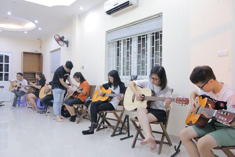 Địa điểm học guitar tại Cầu Giấy, Hà Nội
