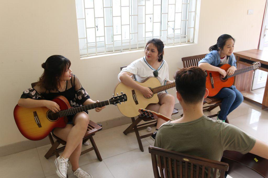 Đăng ký học guitar